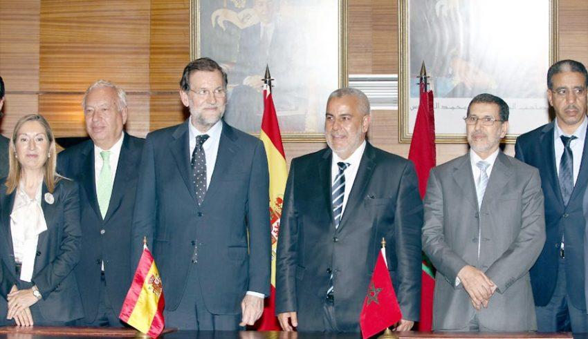 Norteafricanos - Página 2 Ceremonie_Maroc_Espagne-850x491
