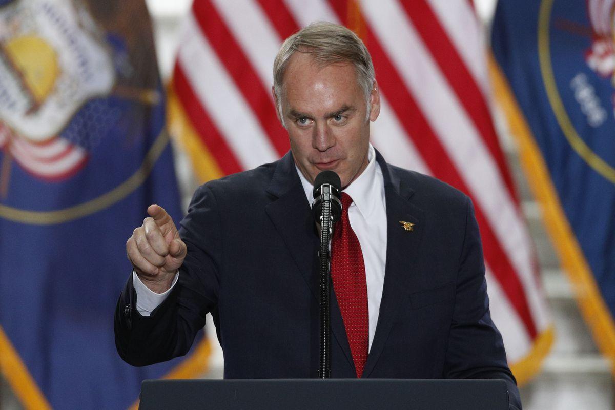 Le secrétaire de l'Intérieur Ryan Zinke quitte l'administration Trump