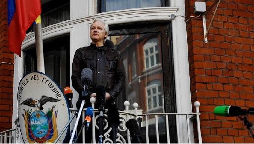 Suède : le parquet requiert la détention d'Assange dans l'affaire de viol